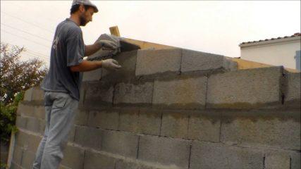 Comment construire un garage en parpaing ?